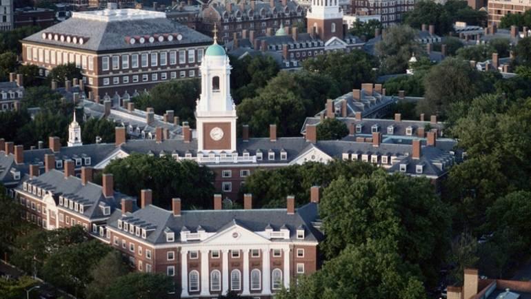 Học phí 10 đại học hàng đầu nước Mỹ