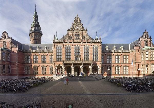 Dai-hoc-Groningen-Ha-Lan